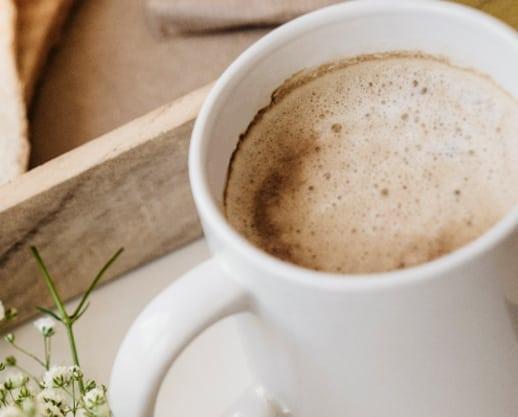 Cafea lunga, pentru o Miercuri productiva