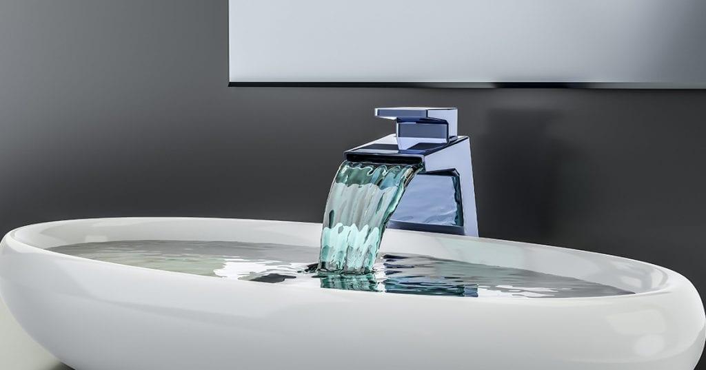 De ce miroase apa de la robinet a inalbitor?