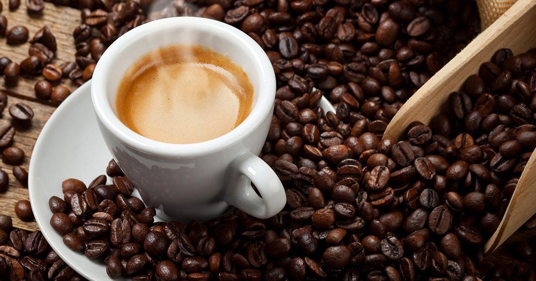 Pas cu pas: Cum prepari un espresso cremos la tine acasa