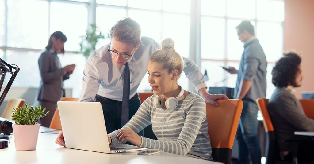 Curatenia de primavara in birou: Cum (re)organizezi spatiile de lucru pentru restul anului